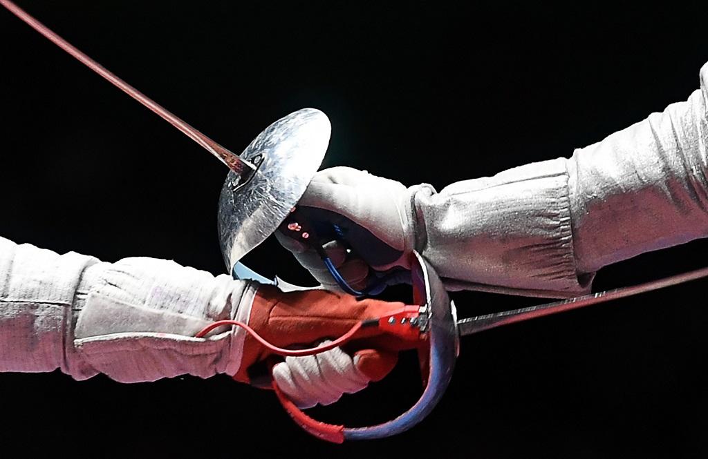 Чемпионат и первенство области по фехтованию переносятся