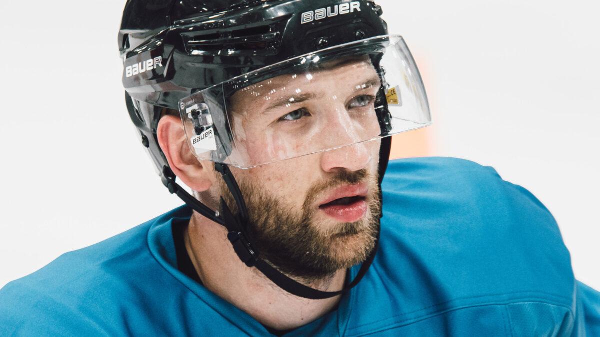 Михаил Железнов: «Неважно, какого размера лед, главное – побеждать»